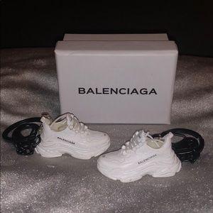 👑 Balenciaga Sneaker Keychain